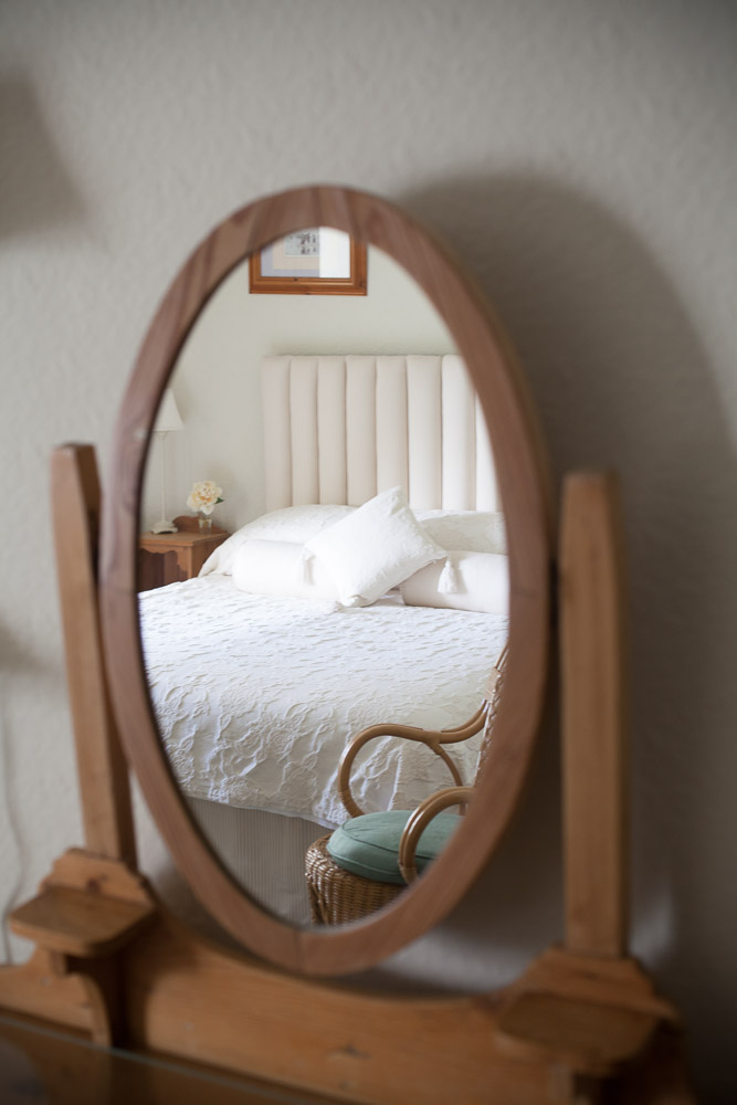 Kimmeridge Farmhouse - Tyneham Room 03